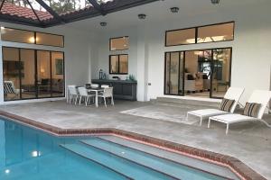builder-spec-investor-flip-home-staging-18